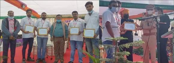 રાજપીપળા ખાતે પ્રજાસત્તાક દિને 108 તેમજ MHUના કર્મીઓને તેમની ઉમદા કામગીરી બદલ સન્માનિત કરાયા