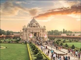 કાલથી ગાંધીનગર સ્થિત અક્ષરધામ મંદિર સાંજે 4થી 7-30 સુધી  દર્શનાર્થીઓ માટે ખુલ્લું રાખવા નિર્ણંય