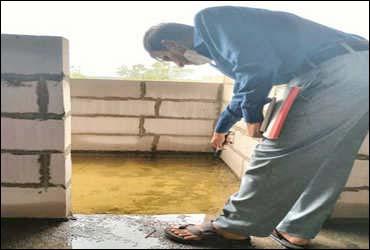 ગાંધીનગરમાં કોર્પોરેશન સહીત જિલ્લાના તંત્ર સચેત: જિલ્લાની 82 કન્સ્ટ્રક્શન સાઈટની તપાસ હાથ ધરવામાં આવી:મચ્છરોના બ્રીડીંગ મળી આવતા માલિકોને નોટિસ