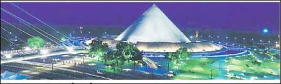૫૦૦ કરોડના મહાત્મા મંદિરની જાળવણી હવે હોટેલ ધ લીલા વેન્ચર્સ કરશે