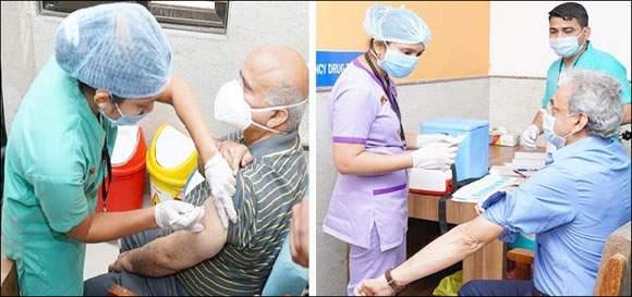 અમદાવાદ સિવિલ હોસ્પિટલમાં 4 ડોક્ટરોને કોવિડ વેક્સીન અપાઇ