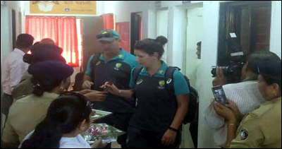 ઓસ્ટ્રેલિયન મહિલા ક્રિકેટ ટીમ વડોદરાની અભયમ્ અને નારી સંરક્ષણ ગૃહની મુલાકાતેઃ મહિલાઓની સુરક્ષા અંગે થતી કામગીરીથી પ્રભાવિત