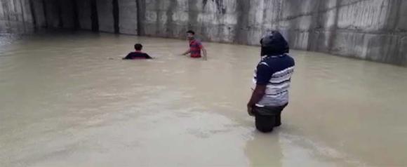નસવાડીમાં ધોધમાર વરસાદ :નીચાળવાળા વિસ્તારોમાં ગોઠણડૂબ પાણી ભરાયા