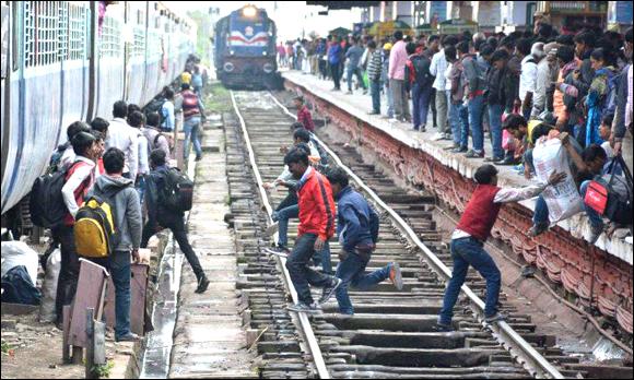 ઉત્તર ભારતની ટ્રેન માટે રોજ ૧૦,૦૦૦ ટિકિટોનું વેચાણ