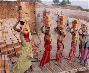 ગ્રામીણ મહિલાઓની આર્થિક સ્થિતિ કયારે સુધરશે...?