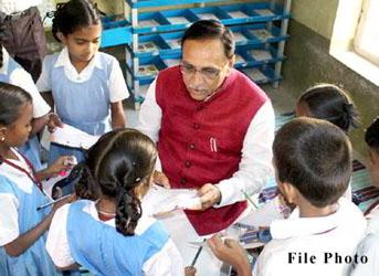 કાલથી ગ્રામ્ય વિસ્તારોમાં રાજ્યવ્યાપી શાળા પ્રવેશોત્સવ :22   અને 23મીએ શહેરી વિસ્તારોના બાળકોને શાળા પ્રવેશ કરાવાશે