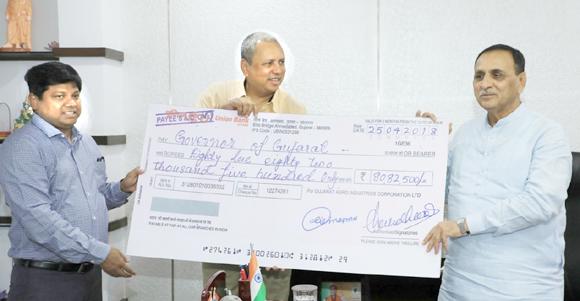 ગુજરાત એગ્રો ઇન્ડસ્ટ્રીઝ પાસે ૯૦ હજાર મેટ્રિક ટન ખાતર ઉપલબ્ધ : ખેડૂતોને વિતરણ કરાશે