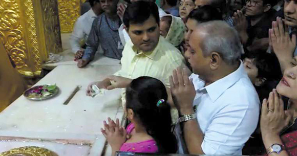 Video of Nitin Patel stopping son to make donation of Rs 500 to Somnath temple goes viral, clarification issued later