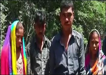 થરાદના કરણાસર પાસેથી પક્ષીઓનો શિકાર કરતી ટોળકી ઝડપાઇ : જીવદયા પ્રેમીઓએ બે યુવક- બે યુવતીને પકડી પોલીસ હવાલે કર્યા
