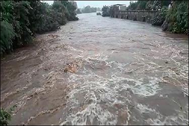વણાંકબોરી ડેમમાંથી મહિસાગર નદીમાં પાણી છોડાયું:પાંચ દરવાજા ખોલાયા