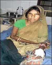 અમીરગઢના કીડોતરની પરણીતાને સાસરિયાંએ છરી ઝીકી દીધી :જમણા હાથની આંગળીમાં ઇજા