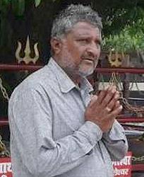 રાધનપુર પાલિકામાં ટાઉન પ્લાનર 10 હજારની લાંચ લેતા ઝડપાયા