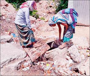 મહેસાણામાં નગરપાલિકાની ધીમી કામગીરી યથાવત: મોટાભાગના વરસાદી નિકાલની કેનાલોમાં કચરાના ઢગલા જોવા મળ્યા