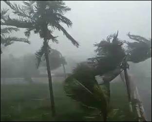 ગુજરાતમાં પ્રચંડ વાવાઝોડાનો ખતરો : તંત્ર સંપૂર્ણ સાબદુ થયું