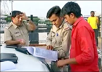અમદાવાદ RTO ટીમ બાળકોની સલામતીને ધ્યાને લઇને હરકતમાં: સ્કૂલ બસ અને વાહનોમાં ચેકીંગ