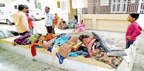 વિસનગરમાં રહેણાંકના મકાનમાં સિલિંડર  ફાટતા અફડાતફડી: ઘરવખરી બળીને ખાખ