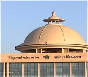 હવે ગુજરાતમાં સવર્ણ શબ્દ લખવો કે બોલવો ગેરબંધારણીયઃ સરકારે પ્રતિબંધ મુક્યો