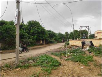 થરાદ પંથકમાં ચક્રવાતથી ૧૮ વિજથાંભલા ધરાશયી : અનેક ગામોમાં અંધારપટ છવાયો