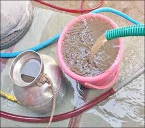 નર્મદા કેનાલમાં નવા નીર આવતા પાણીની ડોહળાશ વધી: સેકટરોમાં અપાતા પાણીમાં ડહોળાશ વધુ દેખાતા તંત્રને અપીલ કરવામાં આવી