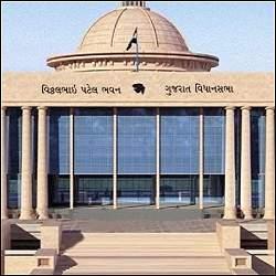 કોરોના વચ્ચે કાલથી ગુજરાત વિધાનસભાનું ચોમાસુ સત્ર