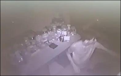 સુરતમાં તસ્કરોનો તરખાટ : અમરોલીમાં એકસાથે  છ દુકાનના તાળા તૂટ્યા: 34 હજારની મતાની ચોરી