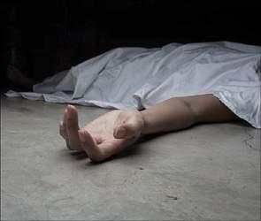 સુરતના પાંડેસરામાં યુવાનની  ક્રિકેટ ગ્રાઉન્ડની સામે અજાણ્યા યુવકની હત્યા કરેલ હાલતમાં લાશ મળી આવતા અરેરાટી