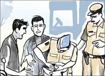 આદિપુરમાંથી ગેરકાયદેસર પ્રોટીન પાવડર - નેપકીન રૂમાલનો જથ્થો જપ્ત કરાયો : એલસીબીની કાર્યવાહી
