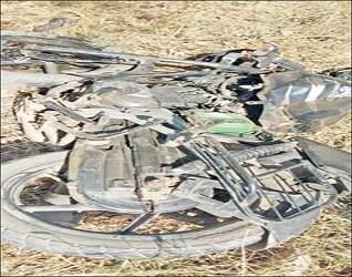 ઇડર તાલુકાના મસાલ ગામની સીમમાં પુરપાટ ઝડપે જતી બે કાર સામસામે અથડાતા ગમખ્વાર અકસ્માતમાં એક યુવાનનું કરુણ મૃત્યુ