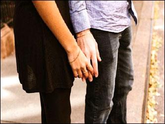 અમુલના કર્મચારીની પ્રેમલીલાનો ફૂટ્યો ભાંડો : પરસ્ત્રી સાથે દિલ્હીમાંથી પતિ રંગે હાથ ઝડપ્યો હતો. 23 વર્ષના લગ્નજીવન બાદ નોંધાવી ફરિયાદ