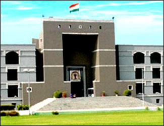ફાયર NOC ન ધરાવનાર શાળાઓ સામે તાત્કાલિક પગલાં ભરો : ગુજરાત સરકારને હાઇકોર્ટનો આદેશ