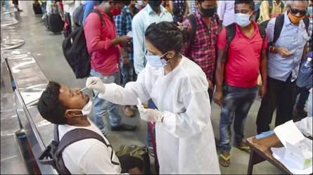 ગુજરાતમાંથી મહારાષ્ટ્ર જતા યાત્રિકોએ ફરજીયાત RTPCR રિપોર્ટ બતાવવો પડશેઃ રેલ્વે