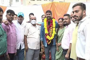 રાજપીપળા નિવાસી BSF જવાન નિલેશ વસાવા નિવૃત થઈ વતન પરત આવતા ભવ્ય સ્વાગત કરાયું