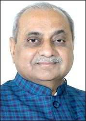નરેન્દ્રભાઈ મોદીએ ગુજરાતમાં વૈશ્વિક કંપનીઓને આમંત્રણ આપીને યુવાનો માટે રોજગાર સર્જન કર્યુ : નીતિનભાઈ પટેલ