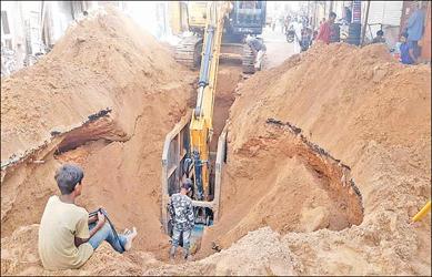 પાલનપુરમાં ભૂગર્ભની નબળી કામગીરીને લઈને વિવાદ સર્જાતા કલેક્ટરને લેખિતમાં મંજૂરી કરવામાં આવી