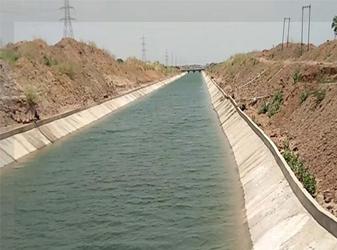 નર્મદામાંથી સિચાઇમાંથી પાણી છોડવાની જાહેરાત : ફતેવાડી અને ખારીકટ કેનાલમાં પાણી મધરાતથી જ છોડાશે :રાજ્ય સરકારનો મોટો નિર્ણય